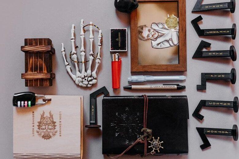 Набор предметов для организации домашнего квеста